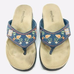 Minnetonka Floral Leather Flip Flop Thong Sandals
